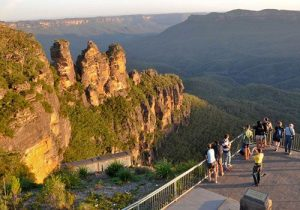 visit-sydney-see-three-sisters-blue-mountains